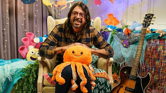 <p>Dave Grohl. Foo Fighers and Nirvana rock legend, will read a book inspired by a Beatles hit song (Picture: BBC)</p>
