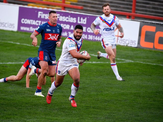 Kelepi Tanginoa scores against Hull KR, who will be the visitors when Belle Vue's terraces are due to reopen in May. Picture by James Hardisty.