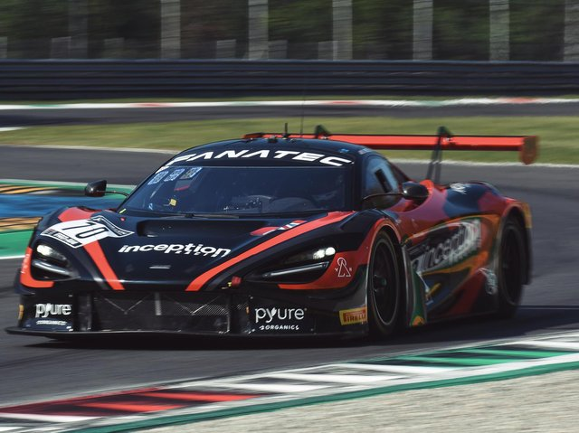 On track at Monza. Picture credit: inception racing / Optimum Motorsport. Photo by Xynamic.