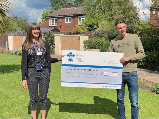 A teenager from Pontefract has taken on a skydive of over 10,000ft to raise money for the hospice that cared for his mum during her final days