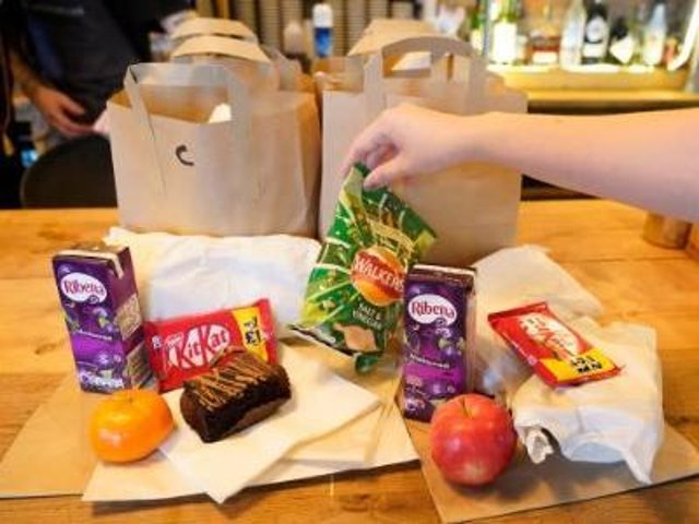 Wakefield Council says it will continue to help children, young people and their families to eat healthily over the school holidays.