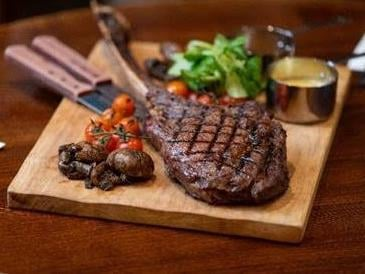 A Wakefield pub has launched a once-in-a-lifetime opportunity for steak lovers, with a new role that will pay one lucky meat mogul to visit the pub and enjoy delicious steaks.