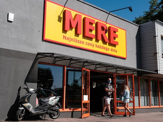 Mere are planning to open a budget supermarket in Castleford