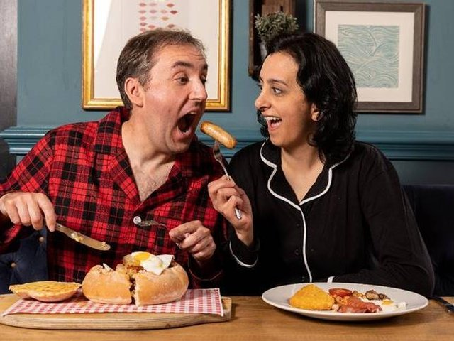Two Wakefield pubs are offering diners the chance to claim a free breakfast this weekend - provided they arrive in their best pyjamas.