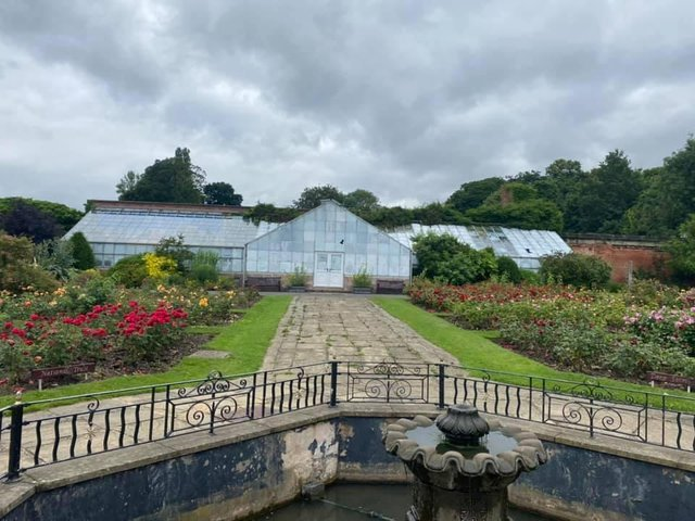 The greenhouse in Thornes Park.