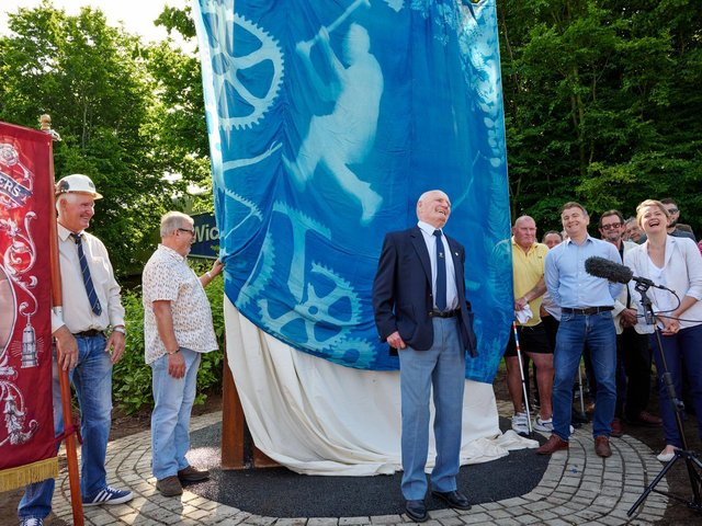 Unveiling of the memorial to the miners of Pontefract Prince of Wales colliery